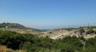 Land for sale Gharzouz Jbeil Area 980Sqm